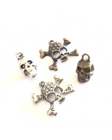 """MIX X4 breloques """"Crânes"""""""
