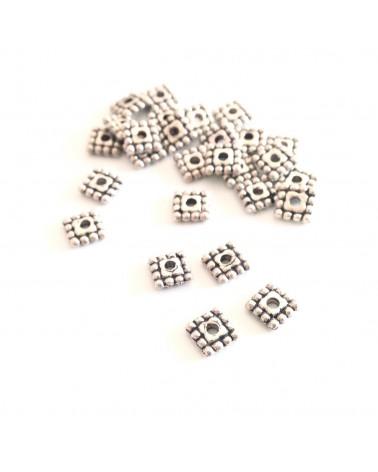 X10 perles métal carrées 5mm