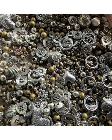 Mélange perles métal